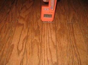 moisture meters measure the water damage to hardwood floors